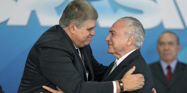 Ministro Carlos Marun diz que denúncias contra Temer não deveriam ser motivo para ele não ser candidato...