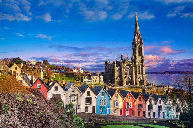 A cidade de Cobh, na