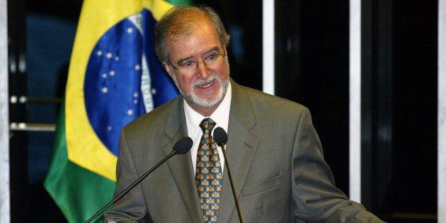 Ex-governador de Minas, ex-prefeito de Belo Horizonte, ex-senador e ex-deputado, Azeredo é o primeiro...