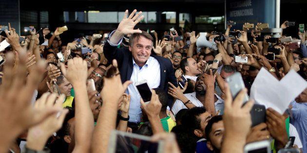 Ainda sem vice, Jair Bolsonaro (PSL) quer senador Magno Malta (PR) em sua chapa na disputa