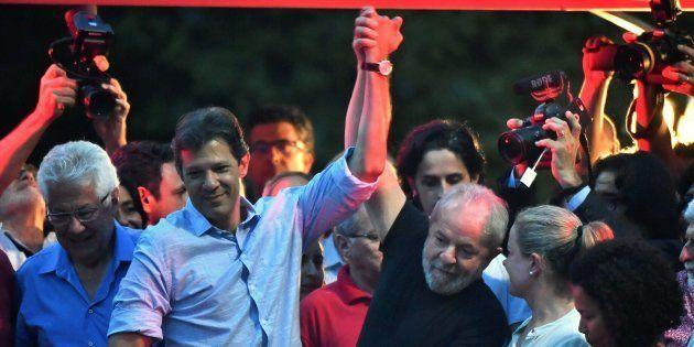 Coordenador da campanha de Lula, Haddad é cotado para vice na disputa presidencial e articula aproximação...