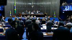 Por caminhoneiros, Senado aprova reoneração de setores e zera