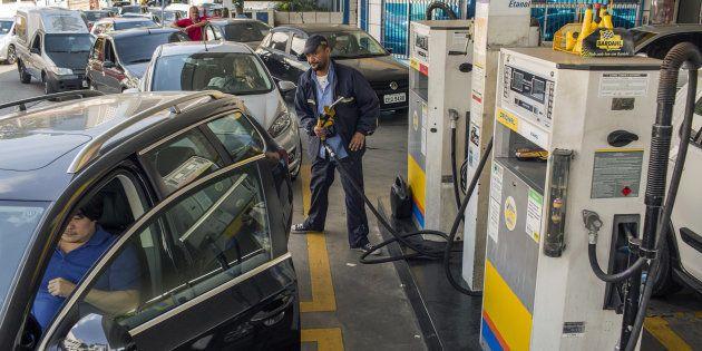 Estudo do Dieese mostrou que em 30 dias, o preço dos combustíveis foi reajustado 16