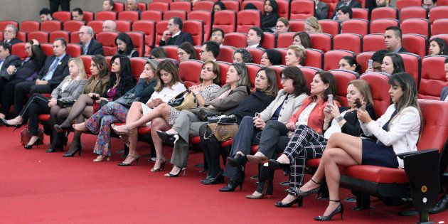 TSE determinou que 30% dos recursos do Fundo Eleitoral devem ser destinados à candidaturas de mulheres,...