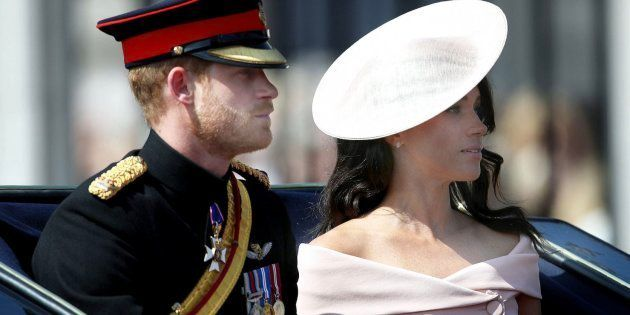 Meghan Markle fez a sua estréia oficial na varanda disputadíssima do Palácio de Buckingham.