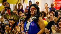 'Queremos ser representados por nós mesmos', diz Sônia Guajajara, vice de