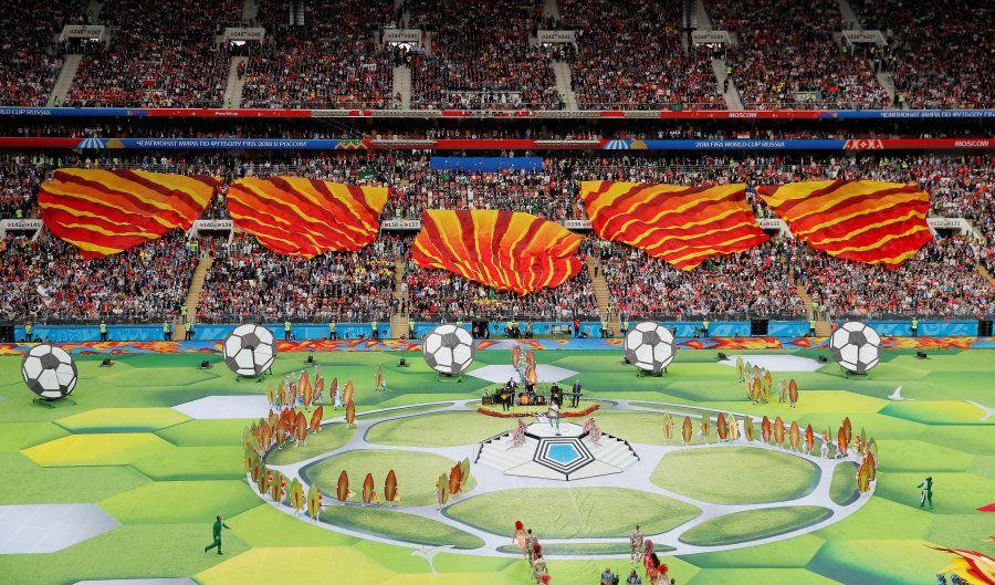 Cerimônia de Abertura foi curta, mas rendeu belíssimas imagens para os torcedores ao redor do