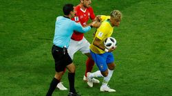 Árbitro atrapalha, e Brasil só empata com Suíça em estreia na