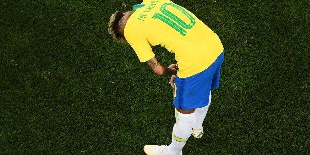 Neymar não brilhou e falhou em tentar levar a Seleção à décima vitória seguida em estreias de