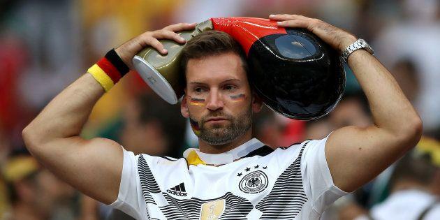 Torcedor da Alemanha já está preocupado: será que a 'maldição das campeãs' vai atacar em