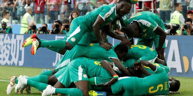Senegal surpreendeu a favorita Polônia e venceu com autoridade no encerramento da primeira rodada do...