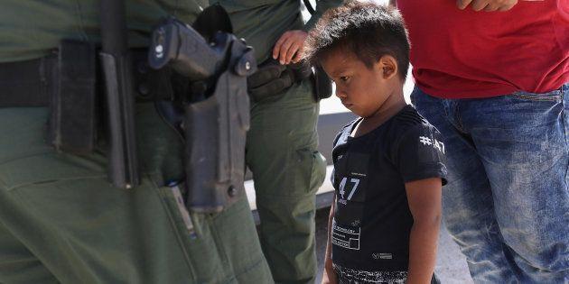 Especialistas em imigração que estão trabalhando para reunir as famílias dizem que o governo Trumo não...