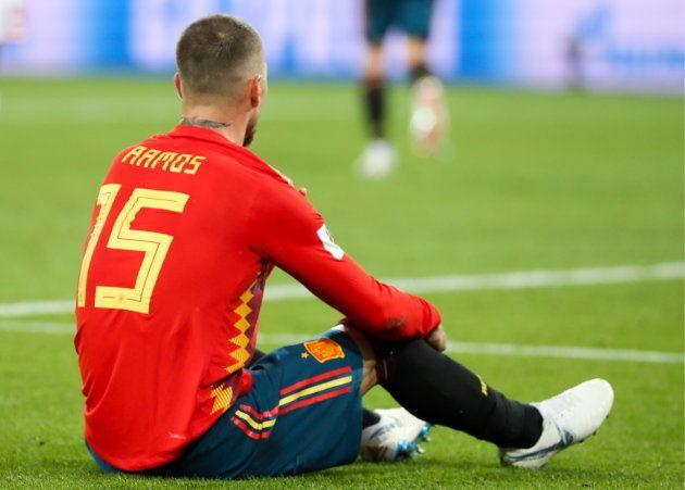 Espanha, de Sérgio Ramos, tropeçou em Marrocos, mas passou na primeira