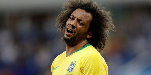 Marcelo, capitão contra a Suíça, sentiu lesão na região lombar e deixou o campo logo no início diante...