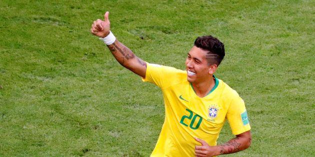 Roberto Firmino fez o gol que sacramentou a classificação do Brasil às quartas de