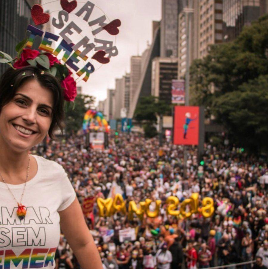 Manuela D'Avila participa da Parada LGTB 2018, em São