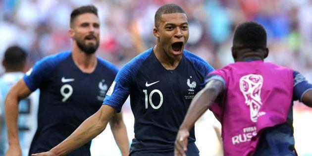 Kylian Mbappe foi o grande nome da seleção francesa: 2 gols e grande atuação contra a