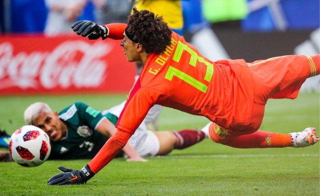 Ochoa foi o melhor jogador do México na partida contra a Seleção