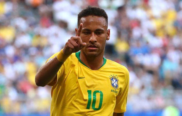 Neymar caminha a passos largos para ser o número 1 do mundo em