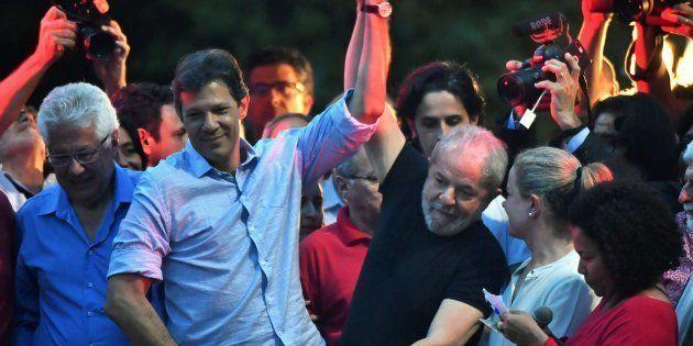 Haddad aparece com no máximo 3% das intenções de voto na última pesquisa Datafolha, enquanto o ex-presidente...