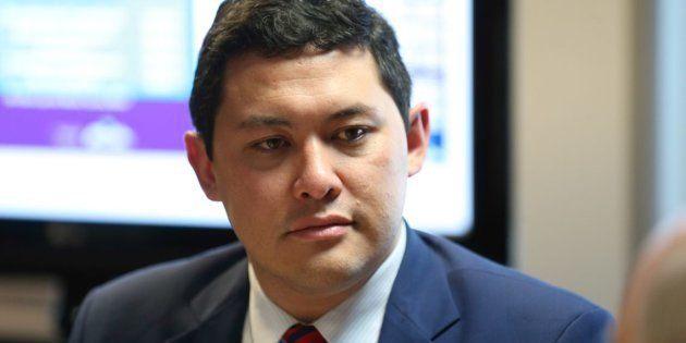 Indicado pelo PTB para o cargo, Yomura foi impedido de frequentar o ministério, de manter contato com...
