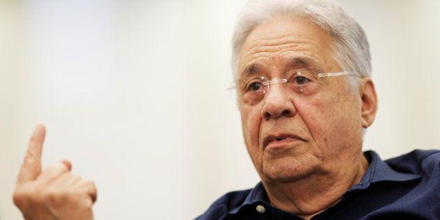Um dos nomes à frente do Polo Democrático, o ex-presidente Fernando Henrique Cardoso conversou com os...