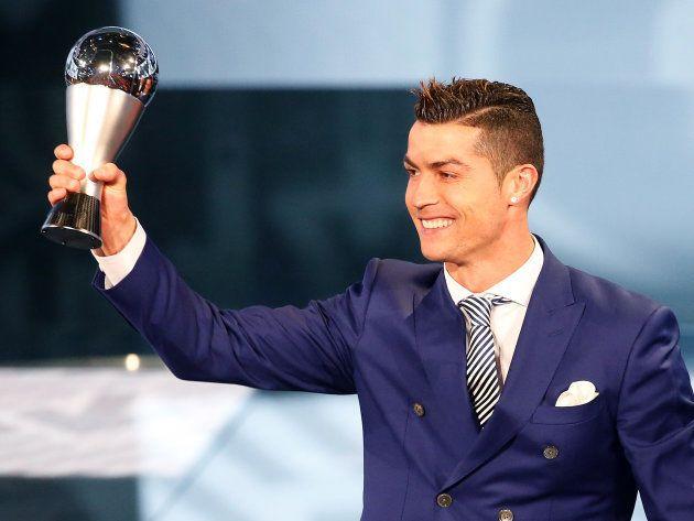 Cristiano Ronaldo levou prêmio de melhor do mundo em 2013, 2014 (ano de Copa), 2015, 2016 e