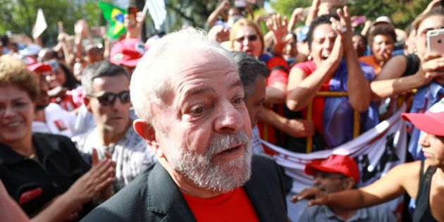036b29990 Juíza argumenta que as entrevistas do ex-presidente Lula teriam como  finalidade a participação na