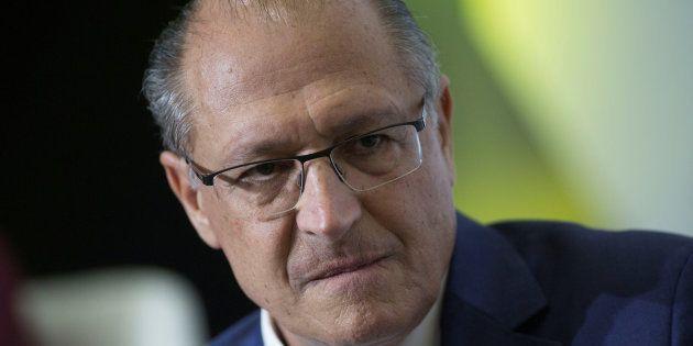 Ex-governador de São Paulo, Geraldo Alckmin se apega à legitimidade do voto para se diferenciar de Michel...