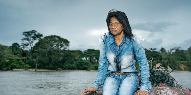 Maria do Socorro faz campanhas contra comunidades de hidrelétricas, supostamente responsáveis pelo envenenamento...