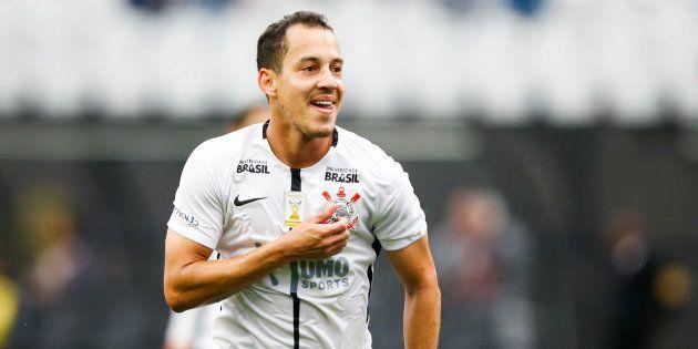 Rodriguinho deixou o Corinthians para atuar no pouco conhecido futebol do Egito, por 6 milhões de