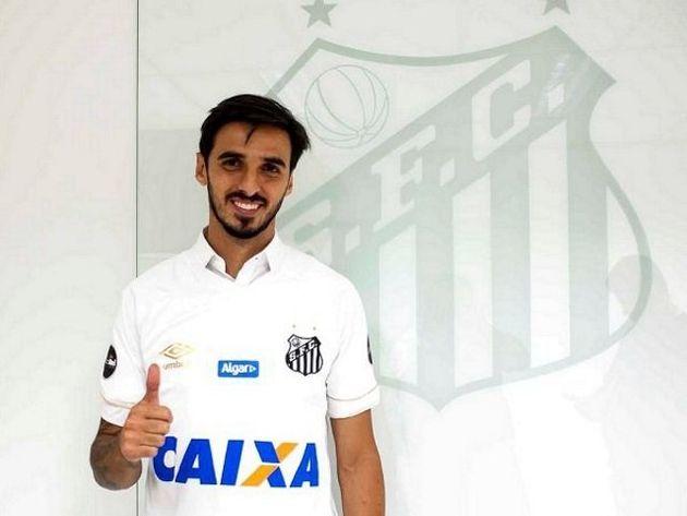 Bryan Ruiz chegou para ser o armador que o Santos procura desde a saída de Lucas Lima para o