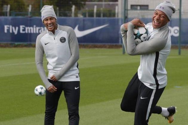 Neymar e Mbappe: Fiasco de um e sucesso do outro na Copa podem mudar a ordem nos vestiários do