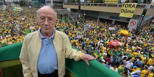 Com 96 anos, o professor de Direito sofria há meses com complicações cardíacas.