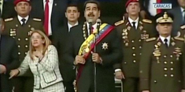 Nicolás Maduro no momento do suposto atentado com drones, em