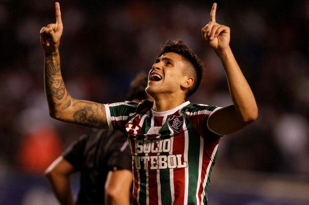Jovem Pedro assumiu a camisa 9 do Fluminense e já é ídolo da torcida do Tricolor
