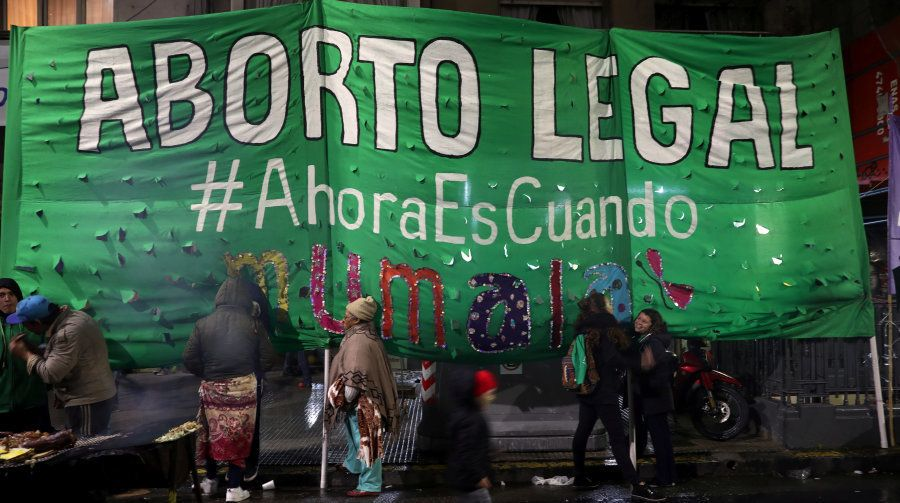 Nos últimos meses, milhares de mulheres tomaram as ruas da capital argentina em manifestação sobre a