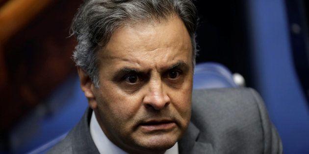Aécio é acusado de ter recebido R$ 2 milhões em espécie do empresário Joesley Batista e também é alvo...