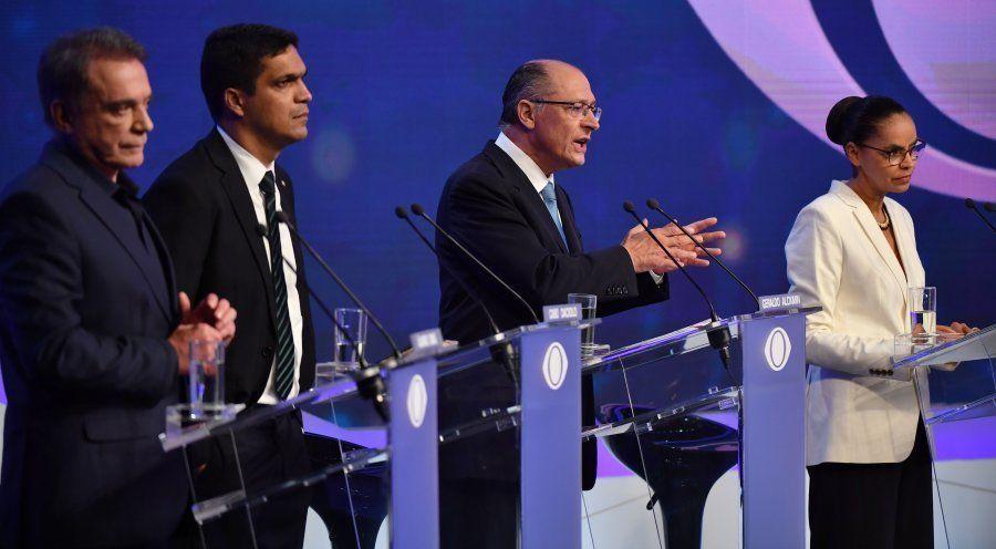 Candidatos estão de olho em quem ainda não tem candidato. De acordo com a última pesquisa Datafolha,...
