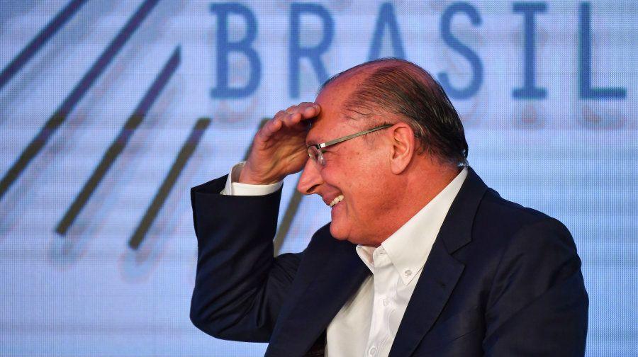 Alckmin terá em torno de 40% do tempo de rádio e