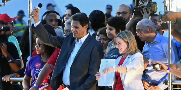 Fernando Haddad, cotado para substituir Lula na disputa presidencial se o ex-presidente for considerado...