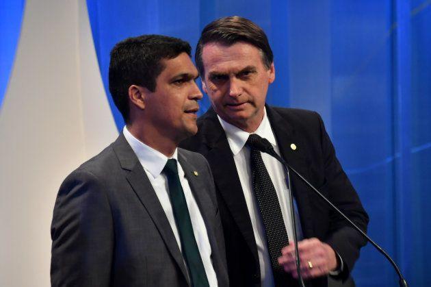 Bolsonaro fez Daciolo de escadinha em questionamento sobre