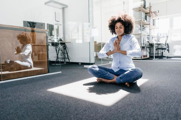 Como lidar com a ansiedade no trabalho para que ela não acabe com seu