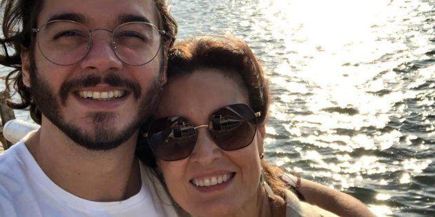 Túlio Gadêlha e Fátima Bernardes comemoram 10 meses de