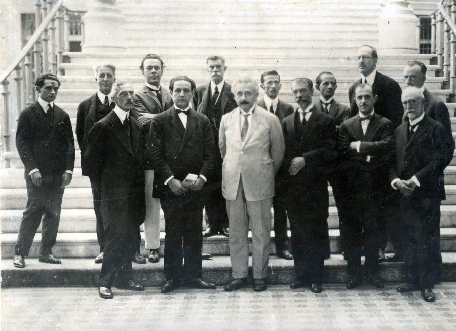 Albert Einstein visitou Museu Nacional do Rio em 7 de maio de