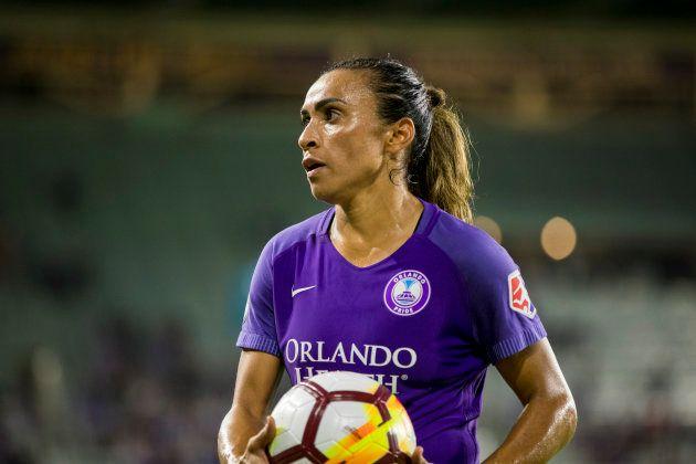 Marta, com a camisa do Orlando Pride: Orgulho do futebol
