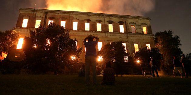 Entre 2013 e 2017, a verba destinada ao Museu Nacional - que pegou fogo no domingo (2), caiu R$ 336