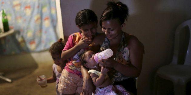 O número de lares brasileiros chefiados por mulheres passou de 23% para 40% entre 1995 e 2015, segundo