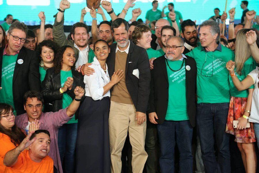 Pedro Ivo (de óculos, o lado de Eduardo Jorge) coordena as articulações políticas da campanha da Rede...