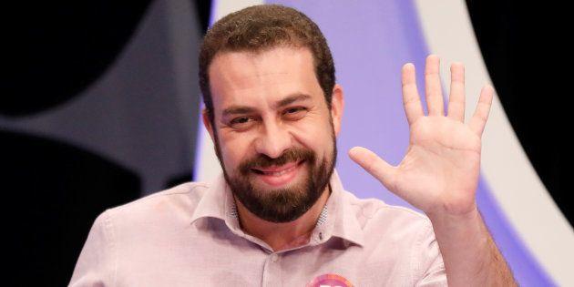 O filósofo e psicanalista Guilherme Boulos é o mais jovem presidenciável deste